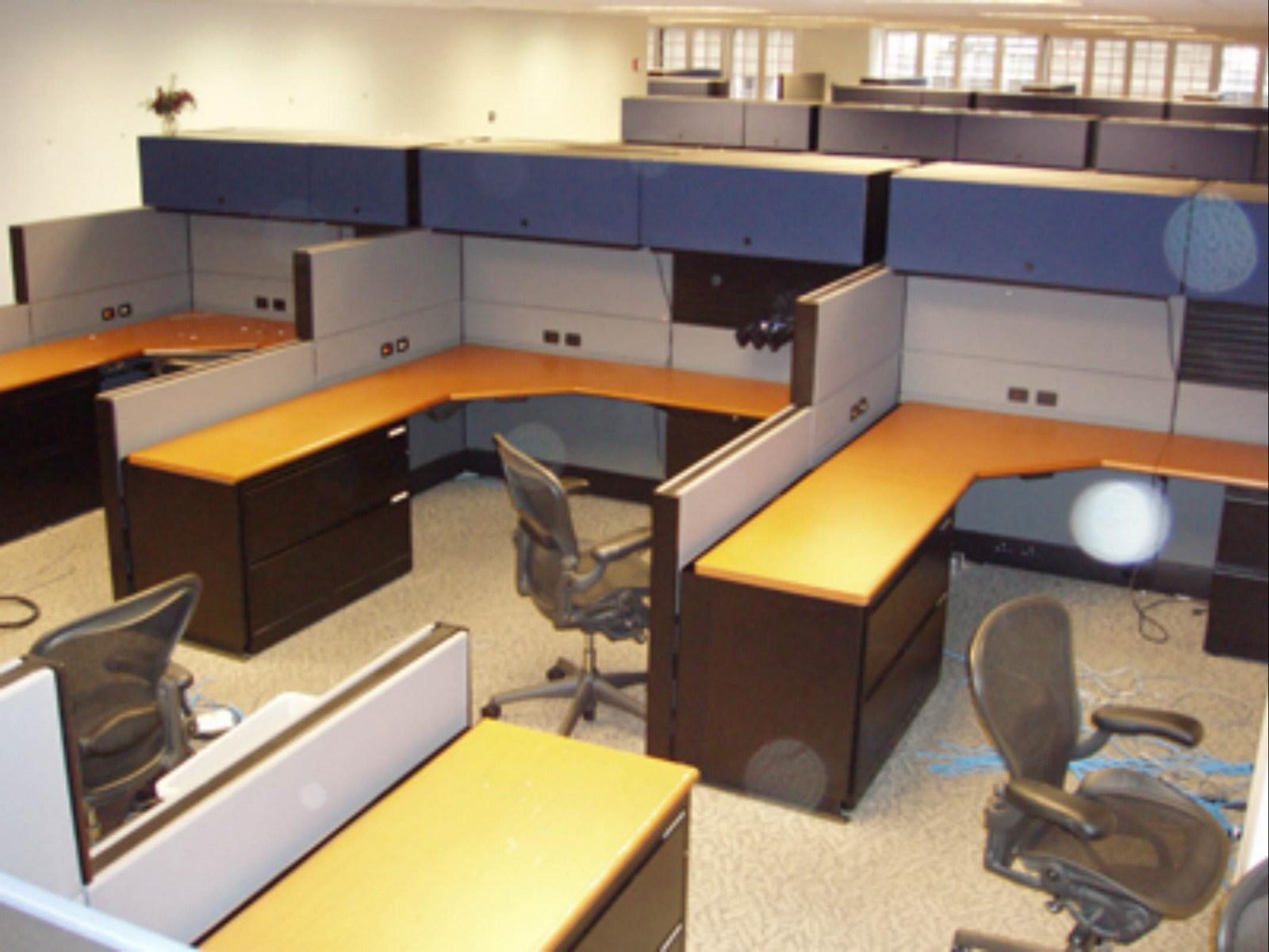 6 Herman Miller Ethospace Davena Office Furniture