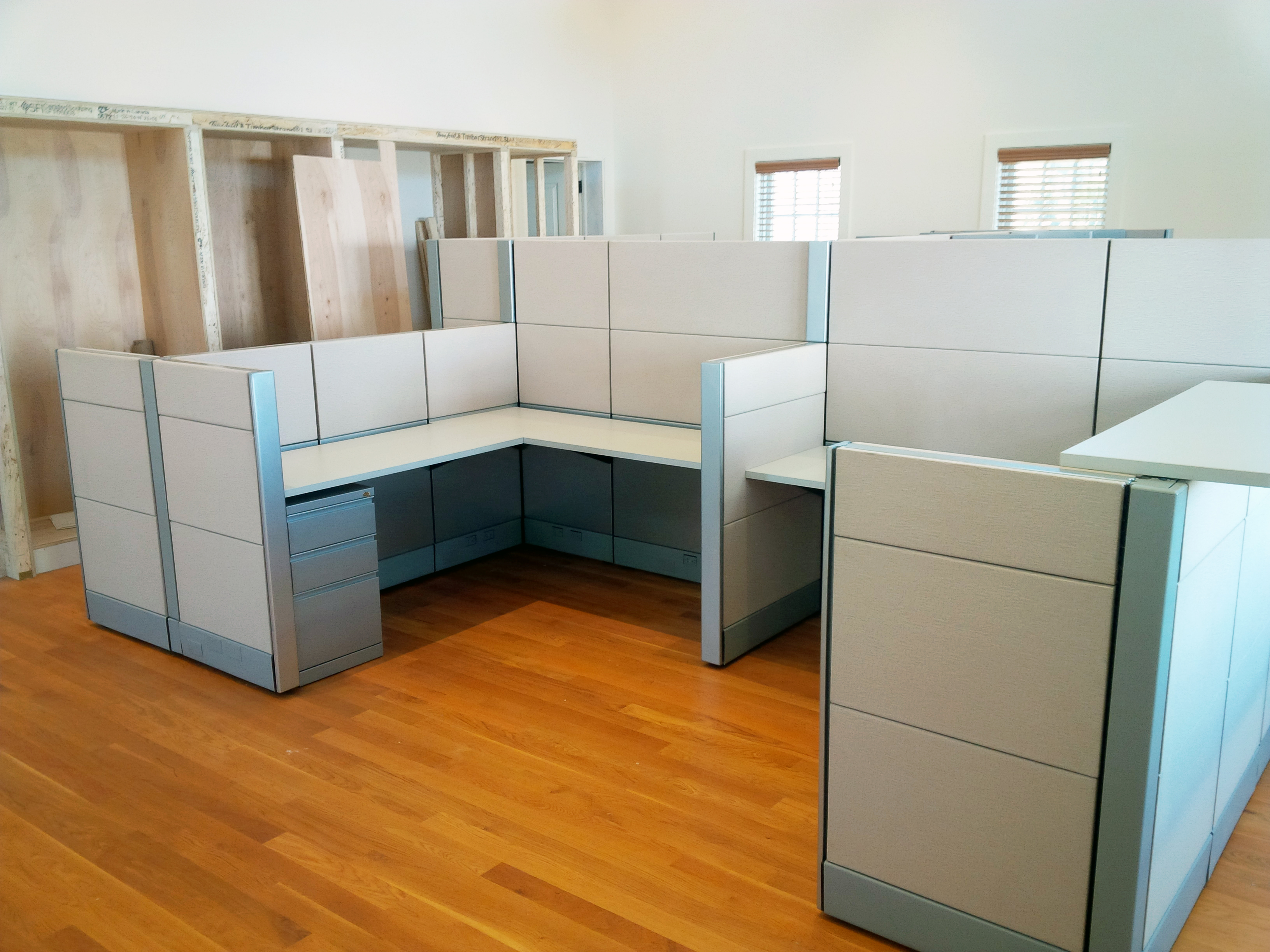 Used Cubicles And Modular Office Furniture