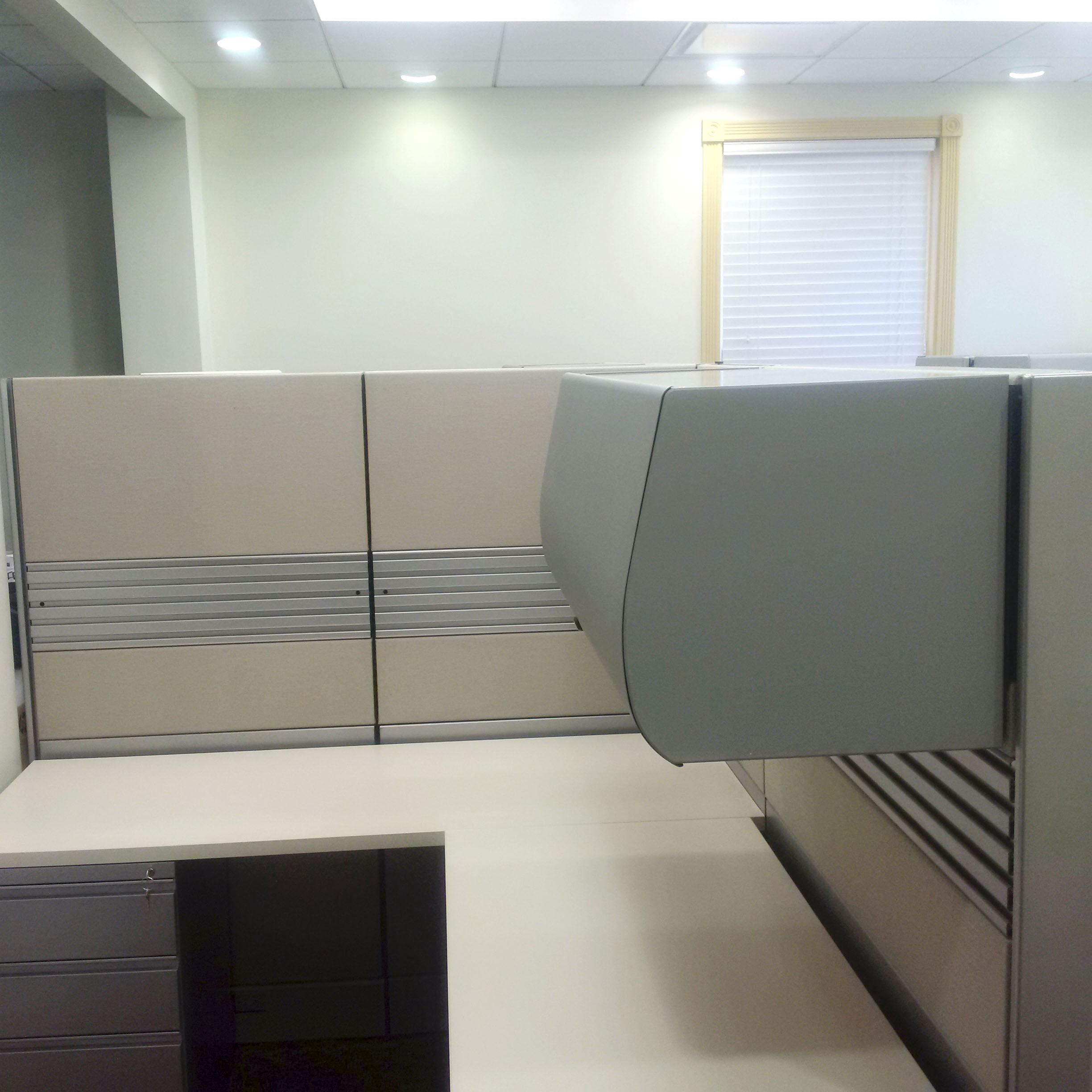 Davena Office Furniture-Refurbished And